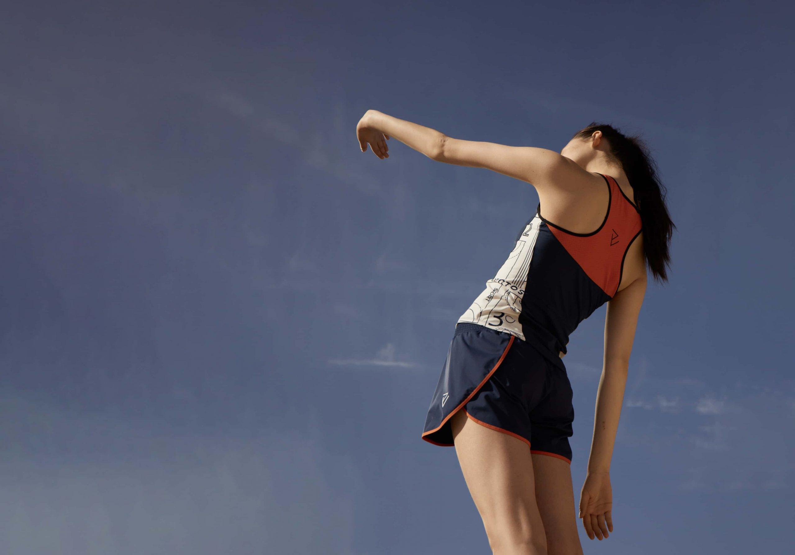 women-hand-air-skirt