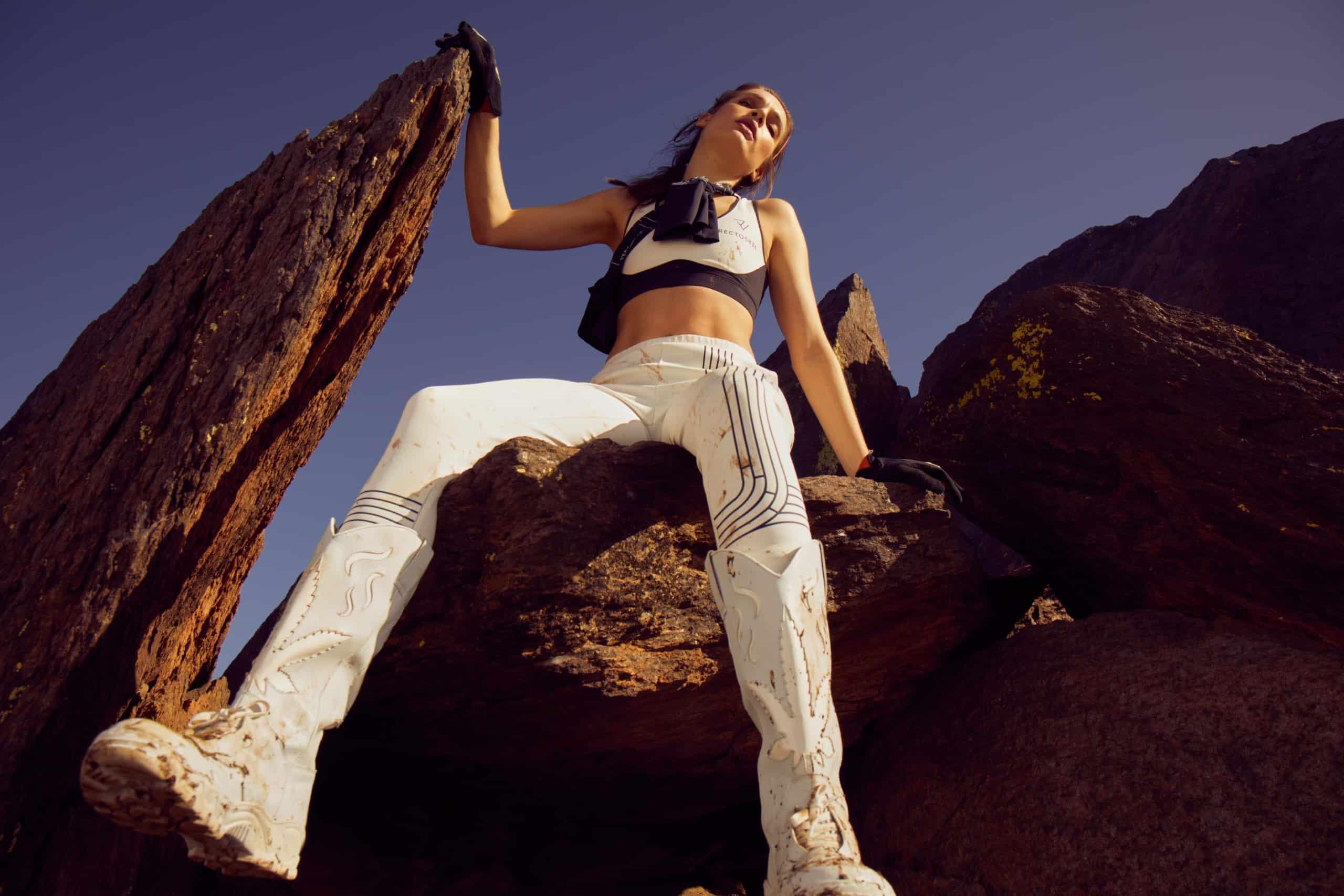 rv-c1-white-pants-air-sportsbra